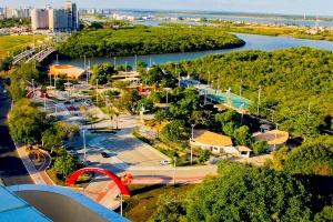 Parque dos Cajueiros encanta pelas opções e pela vista do Rio Sergipe